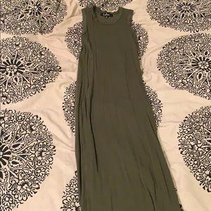 Olive green Lulus maxi dress